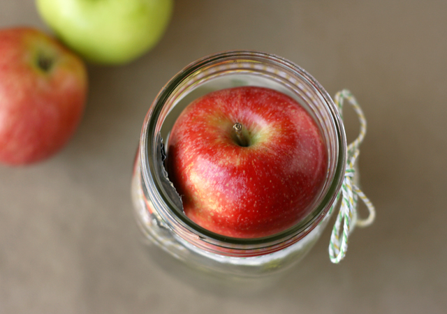 apples in wide mouth jar