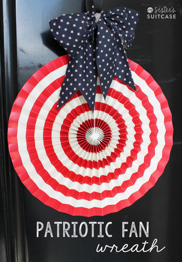 Patriotic Fan Wreath