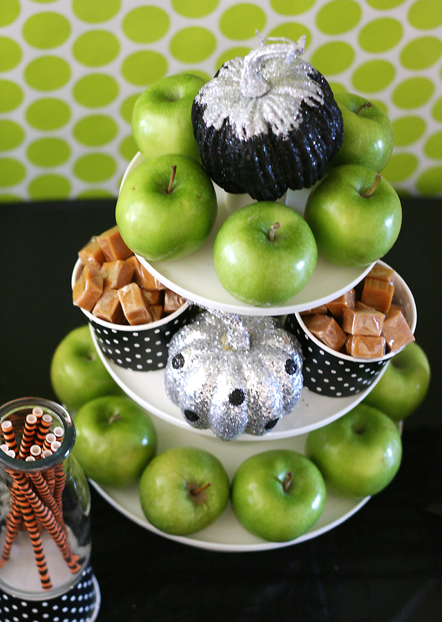 caramel-apple-tower