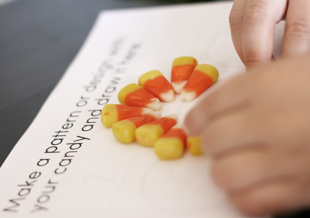 make-a-pattern-with-candy-corn