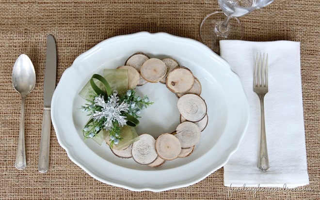 ChristmasWoodSlicePlaceSetting_thumb