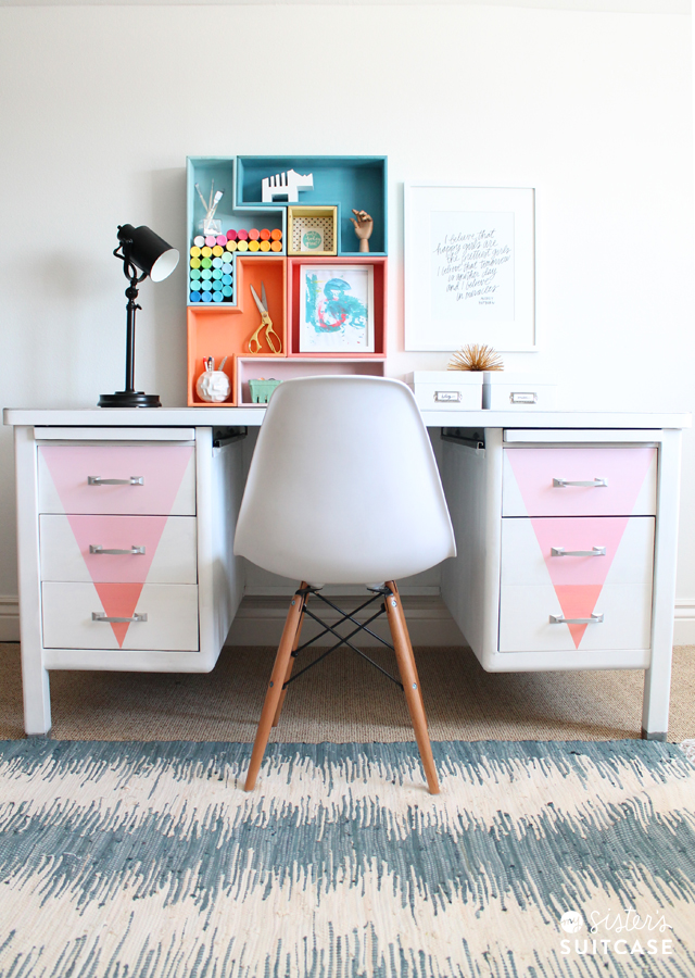 Chalky Finish Paint_desk makeover
