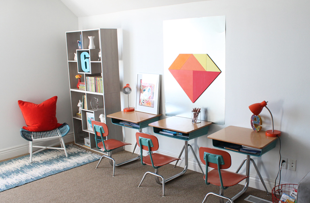 Kids study area and reading nook
