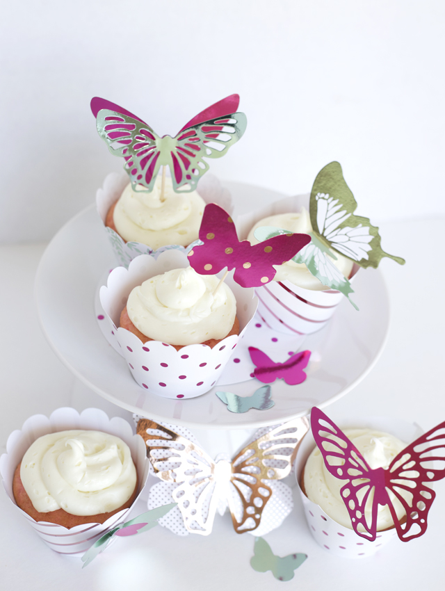 butterfly-decor-and-cupcakes