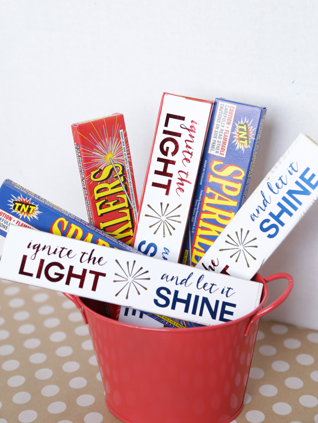 sparklers-for-gifts-or-decor