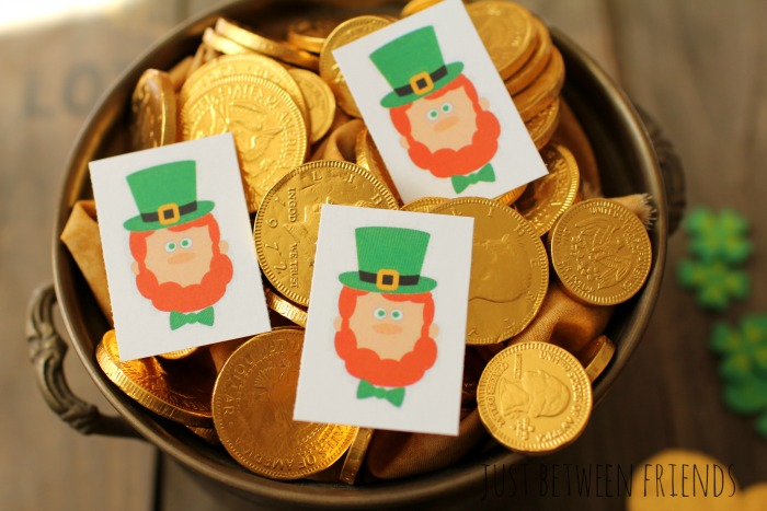 hide a leprechaun game