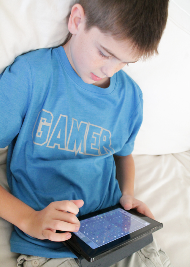 playing-kindle-fire