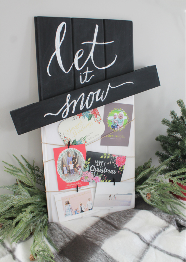 dih-holiday-card-display