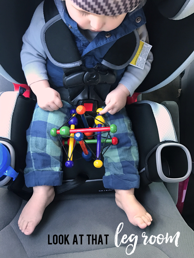 lots-of-leg-room_graco-extend2fit